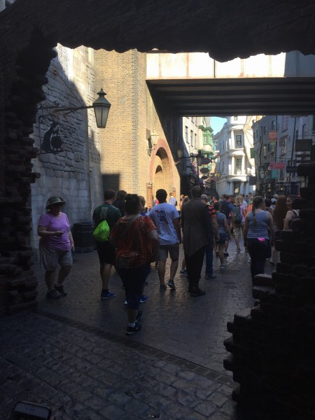diagon alley wizarding world of harry potter universal studios orlando florida