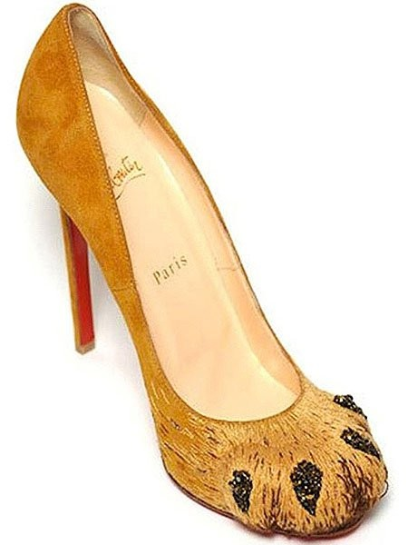 Christian-Louboutin-Alex-Lion-Paw-pumps